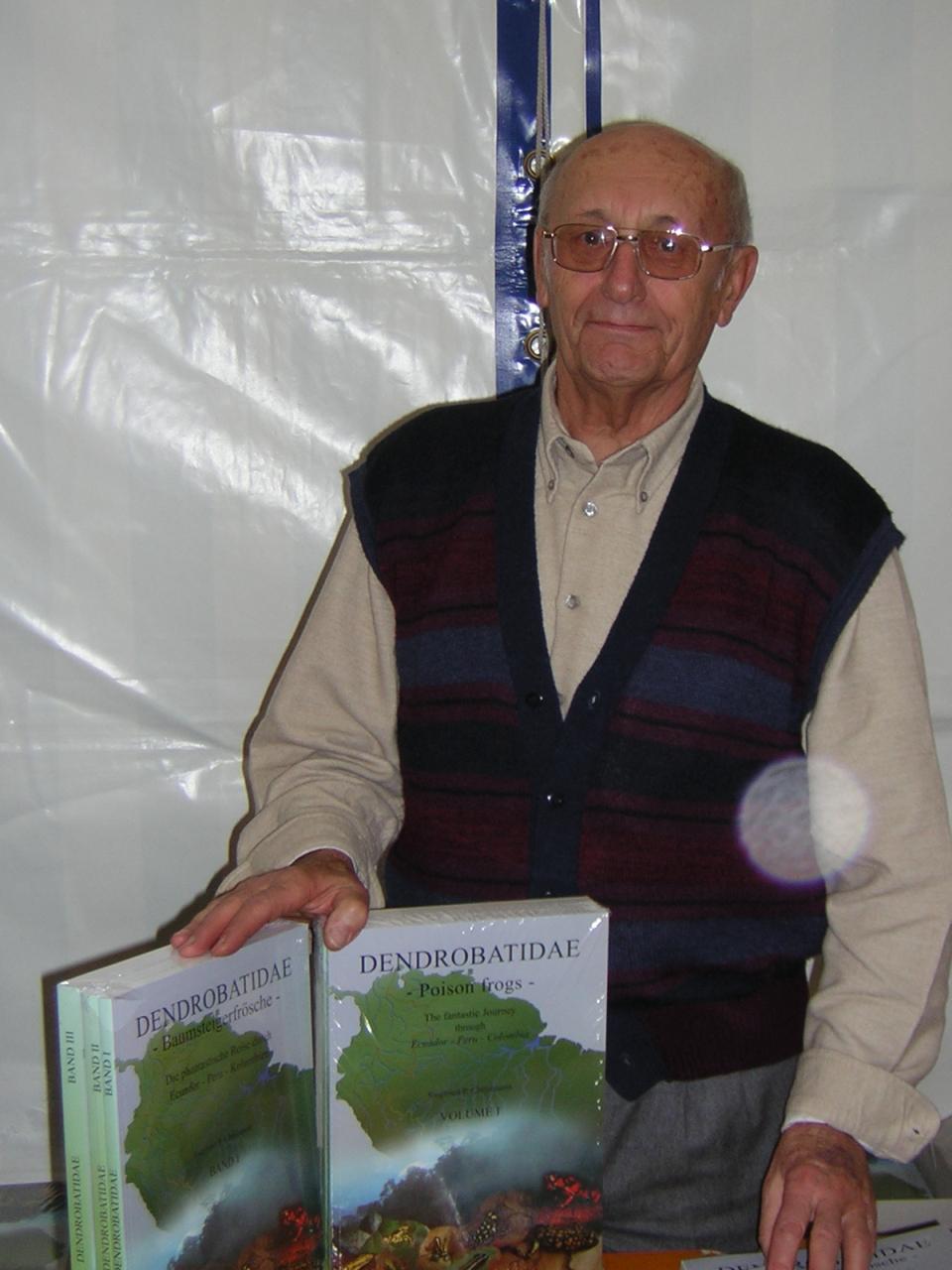Christmann mit seinen Büchern